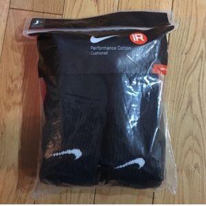 Black nike socks